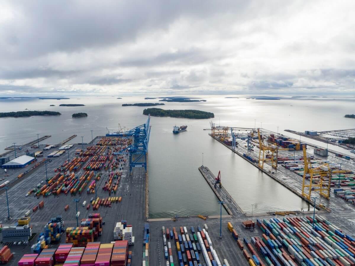 ElbBlue vessel port (1)