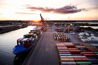 Port_of_Copenhagen_morning_2015